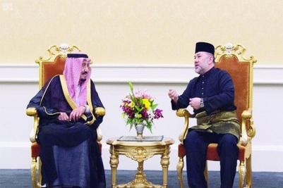 raja-salman-saudi-dengan-kekuatan-berdiri-di-belakang-islam-q64.jpg